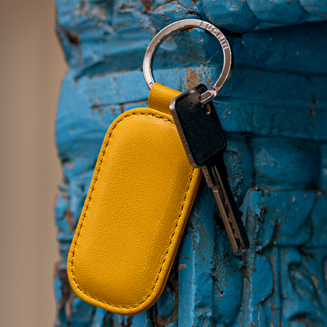 Rounded rectangle key ring